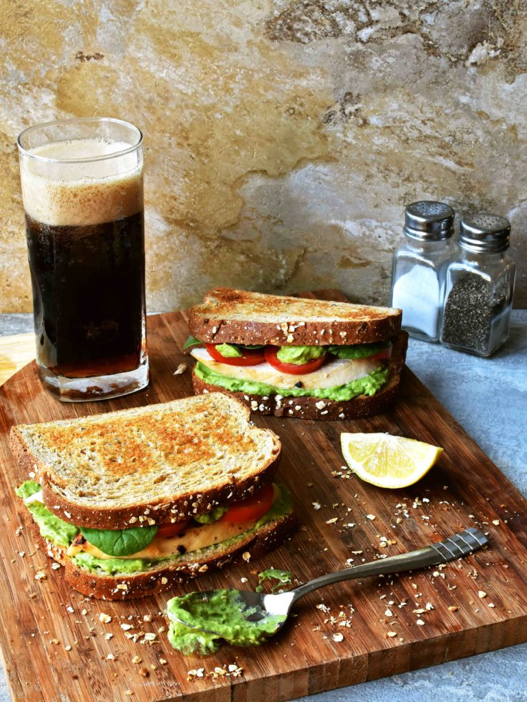 Roast Chicken Sandwich With Green Delight Sauce Pepper Delight