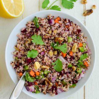 Quinoa Salad Bowl - Pepper Delight #pepperdelightblog #recipe #salad #quinoa #vegeterian #saladbowl #summer #fall #healthy #cleaneating #vegan #glutenfree #detox #wholesome #lemon #veganfoodshare #plantbased #eatcleannow #seasonal