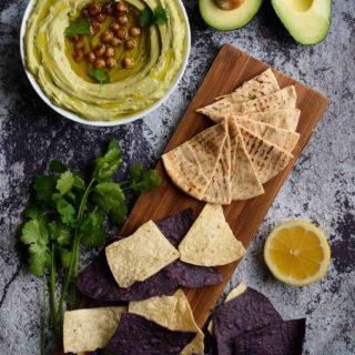 Avocado Hummus - Pepper Delight #pepperdelightblog #recipe #avocadohummus #hummus #healthy #mexican #tahini #cleaneating #holidayfood #christmas #chickpeas #vegan #glutenfree #vegeterian #sidedish #appetizer #starter #dip #mediterranean #thanksgiving #celebration #gameday #glutenfree #easter #avocado #fusionrecipes