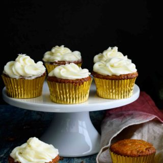 Hummingbird Cupcakes with Cream Cheese Frosting- Pepper Delight #pepperdelightblog #recipe #hummingbirdcupcake #hummingbirdcake #cupcake #bananacake #mothersday #pineapplecake #creamcheesefrosting #celebration #partyrecipes #fathersday #holidaycake #desserts