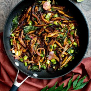 Kerala Style Anchovy Fry / Netholi Niravu